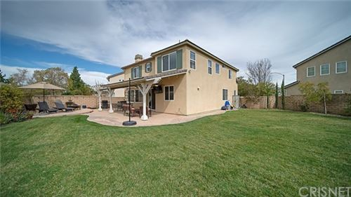 Photo of 27303 Willow Oak Court, Canyon Country, CA 91387 (MLS # SR20090396)