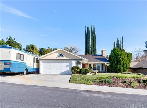 Photo of 27916 Gibson Place, Saugus, CA 91350 (MLS # SR21010396)