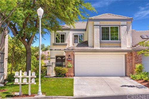 Photo of 24522 Windsor Drive #C, Valencia, CA 91355 (MLS # SR21100396)
