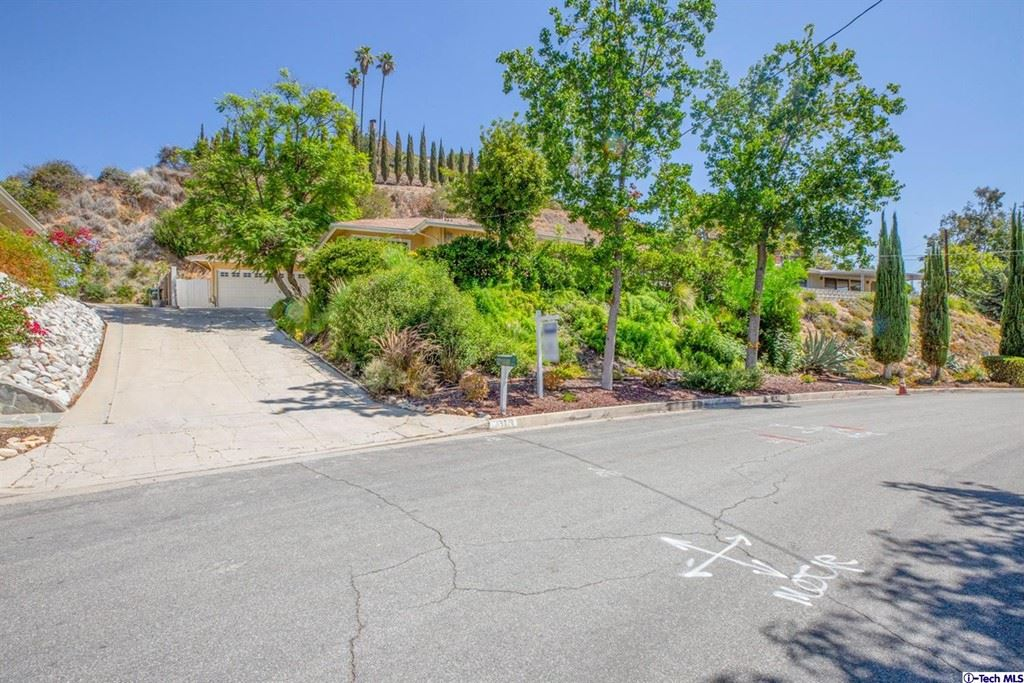 Photo of 5230 Redwillow Lane, La Canada Flintridge, CA 91011 (MLS # 320007397)