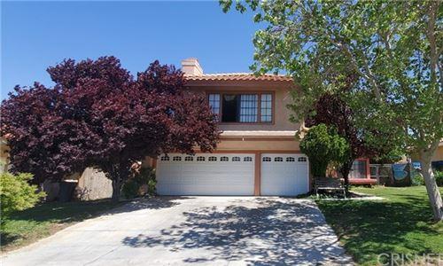 Photo of 36864 Via Del Rio, Palmdale, CA 93550 (MLS # SR21082398)
