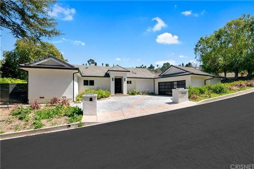 Photo of 3634 Royal Woods Drive, Sherman Oaks, CA 91403 (MLS # SR21233398)