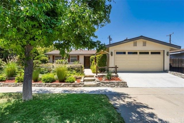 Photo for 27919 Arcay Avenue, Canyon Country, CA 91351 (MLS # SR20147398)
