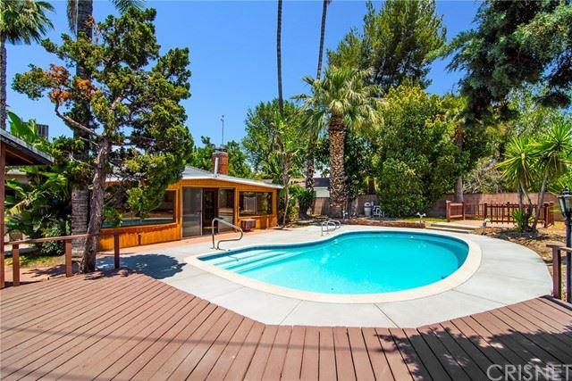 Photo of 16210 Halsey Street, Granada Hills, CA 91344 (MLS # SR21131399)