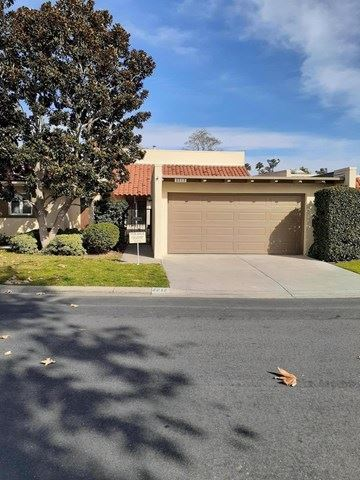Photo of 2212 Vista Huerta, Newport Beach, CA 92660 (MLS # 219037273DA)