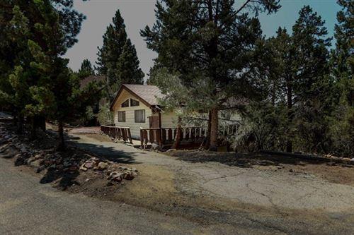 Photo of 1147 Whispering Forest Drive, Big Bear, CA 92314 (MLS # 219049053DA)