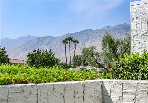 Photo of 2242 Sunshine Way Way, Palm Springs, CA 92264 (MLS # 219049833DA)