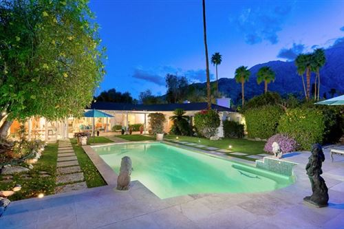 Photo of 416 Hermosa Place, Palm Springs, CA 92262 (MLS # 219041413PS)