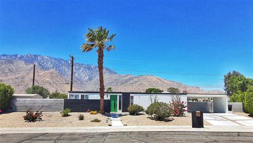 Photo of 2733 N Mccarn Road, Palm Springs, CA 92262 (MLS # 219063373PS)