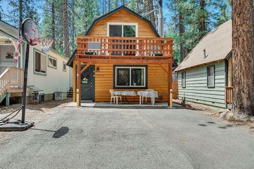 Photo of 42675 La Placida Avenue, Big Bear, CA 92315 (MLS # 219063953PS)
