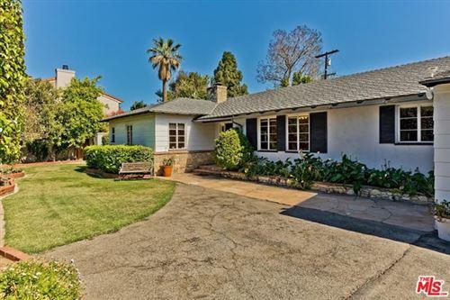Photo of 14216 Chandler Boulevard, Sherman Oaks, CA 91401 (MLS # 21728400)
