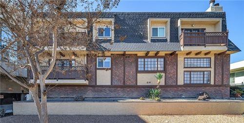 Photo of 4317 Mammoth Avenue #2, Sherman Oaks, CA 91423 (MLS # SR20259400)