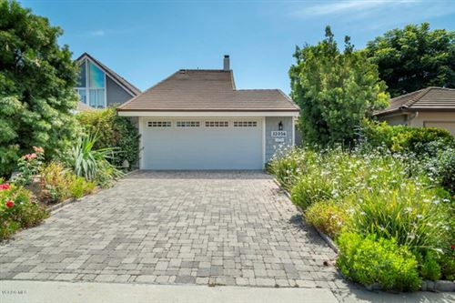 Photo of 32056 Waterside Lane, Westlake Village, CA 91361 (MLS # 220006401)