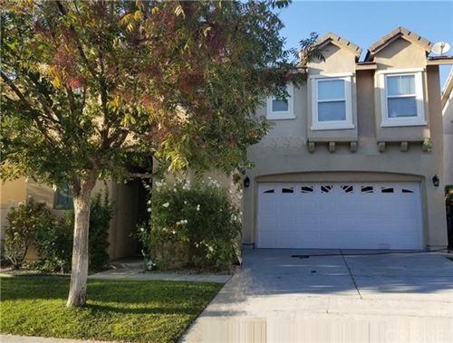 Photo of 17623 Gladesworth Lane, Canyon Country, CA 91387 (MLS # SR20238401)