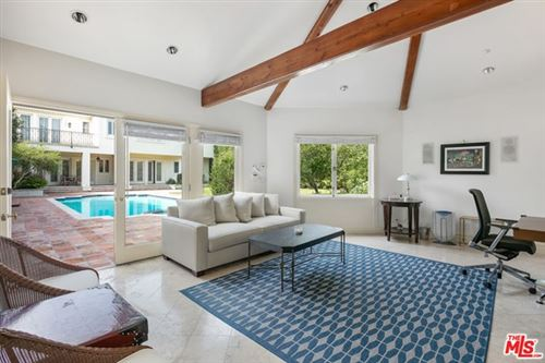 Tiny photo for 906 N Beverly Drive, Beverly Hills, CA 90210 (MLS # 20652402)