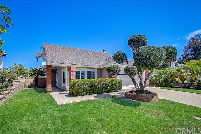 Photo for 25701 Orchard Rim Lane, Lake Forest, CA 92630 (MLS # OC19175402)
