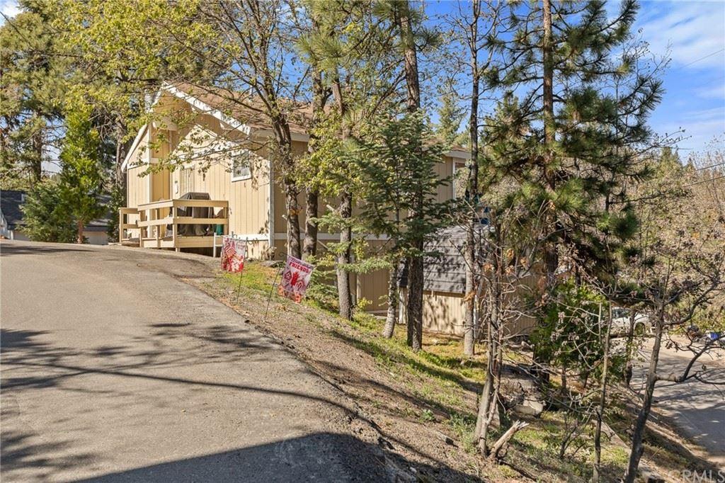 32828 Deer Lick Lane, Running Springs, CA 92382 - MLS#: EV21114403