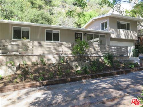 Photo of 9637 YOAKUM Drive, Beverly Hills, CA 90210 (MLS # 20559404)
