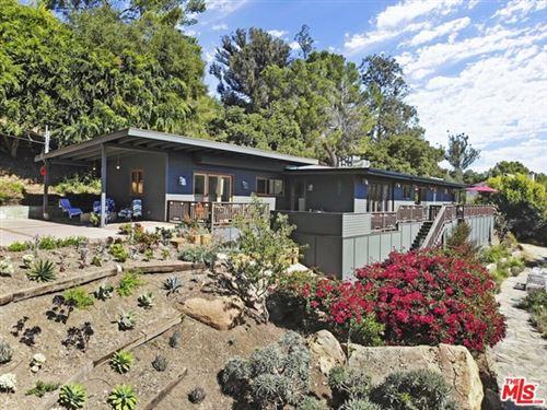 Photo of 19667 Valley View Drive, Topanga, CA 90290 (MLS # 20612404)