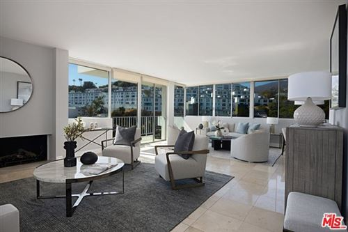 Photo of 17368 W Sunset Boulevard #402, Pacific Palisades, CA 90272 (MLS # 21714404)