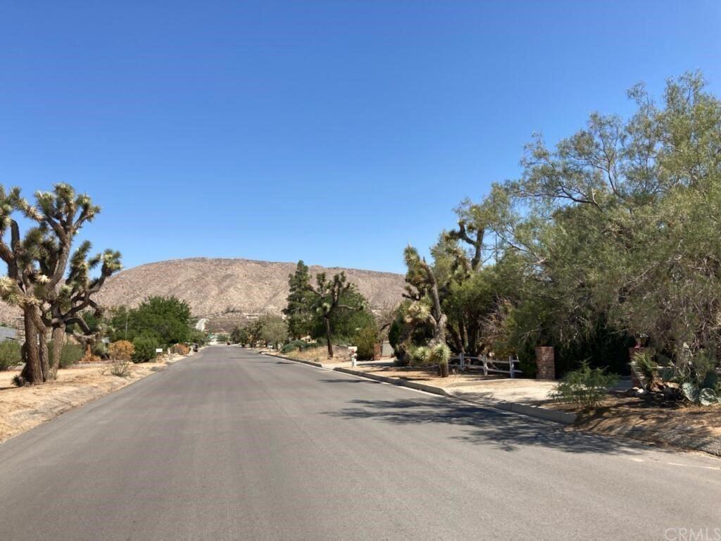 7603 Fox, Yucca Valley, CA 92284 - MLS#: DW21149404