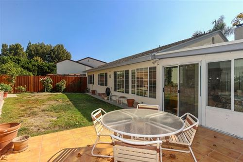 Photo of 2086 Shady Brook Drive, Thousand Oaks, CA 91362 (MLS # 220010405)