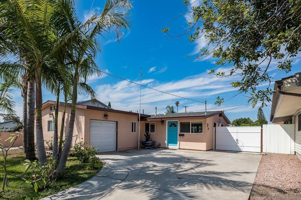 6272 Amber Lake Ave, San Diego, CA 92119 - MLS#: 210024405