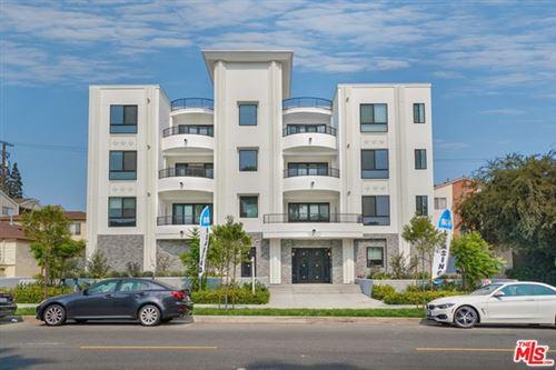 Photo of 1832 S Barrington Avenue #301, Los Angeles, CA 90025 (MLS # 20670406)