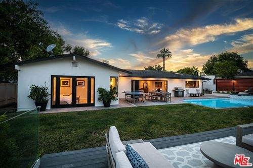 Photo of 15517 Briarwood Drive, Sherman Oaks, CA 91403 (MLS # 21793406)