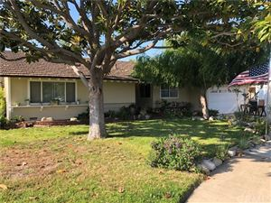 Photo of 801 S Oakhaven Drive, Anaheim, CA 92804 (MLS # RS19120406)