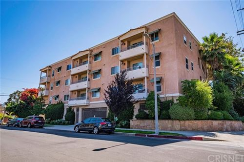Photo of 11504 Moorpark Street #303, Studio City, CA 91602 (MLS # SR20148406)