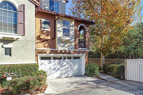 Photo of 23401 Abbey Glen Place, Valencia, CA 91354 (MLS # SR20255406)