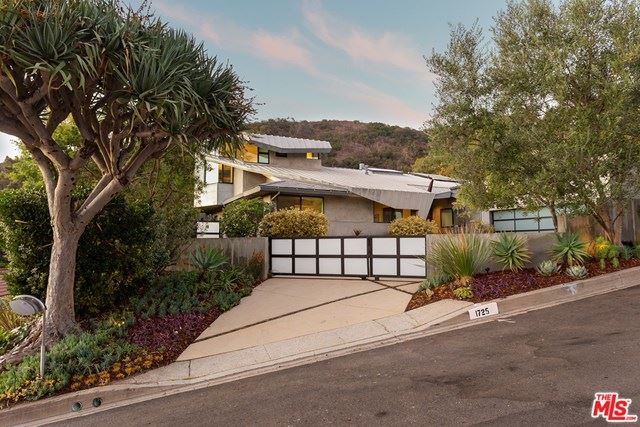 Photo of 1725 Clear View Drive, Beverly Hills, CA 90210 (MLS # 20654406)