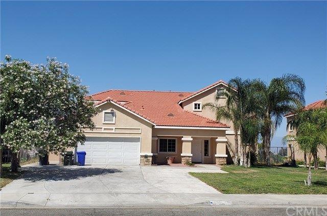 11905 Pine Street, Bloomington, CA 92316 - MLS#: CV20113406