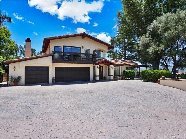 Photo of 914 Rosario Drive, Thousand Oaks, CA 91362 (MLS # SR20096406)