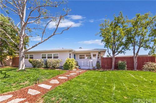 Photo of 10900 Whitaker Avenue, Granada Hills, CA 91344 (MLS # SR21074407)