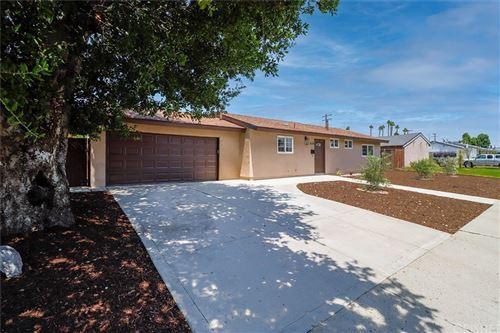 Photo of 1635 Dakin Avenue, Simi Valley, CA 93065 (MLS # SR21163407)