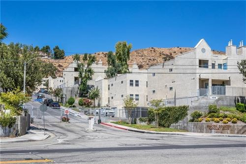 Photo of 18209 Sierra #106, Canyon Country, CA 91351 (MLS # SR21198407)
