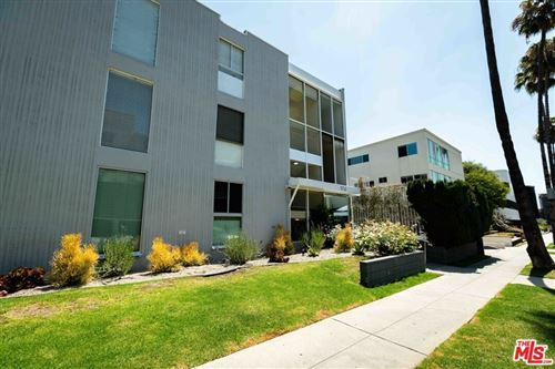 Photo of 170 N Crescent Drive #201, Beverly Hills, CA 90210 (MLS # 21786408)