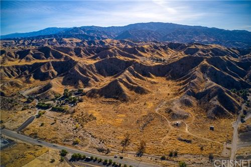 Photo of 15452 Sierra Hwy, Canyon Country, CA 91386 (MLS # SR20263408)