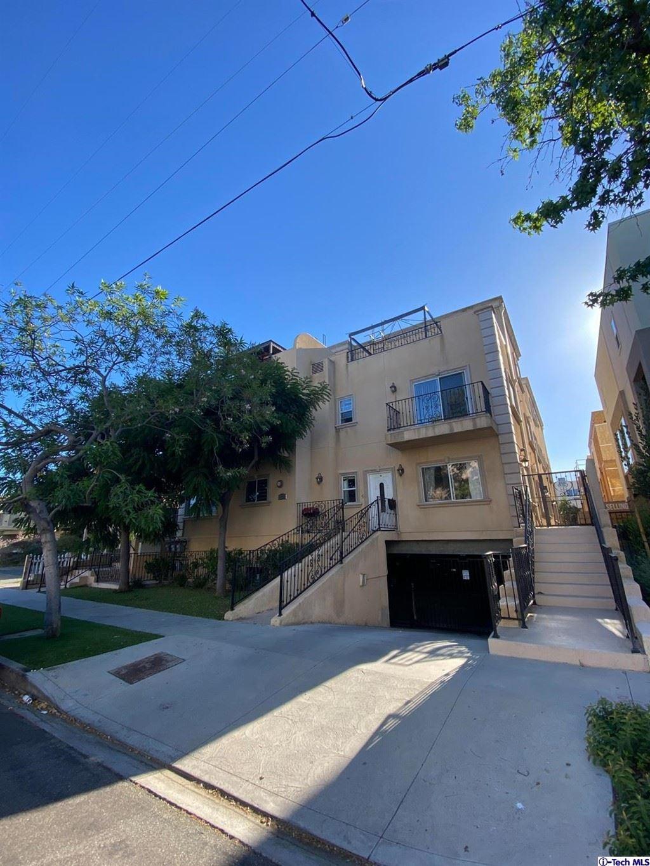 Photo of 5255 Hermitage Avenue #102, Valley Village, CA 91607 (MLS # 320006408)