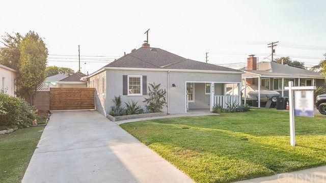 Photo for 1919 N Fairview Street, Burbank, CA 91505 (MLS # SR20216408)