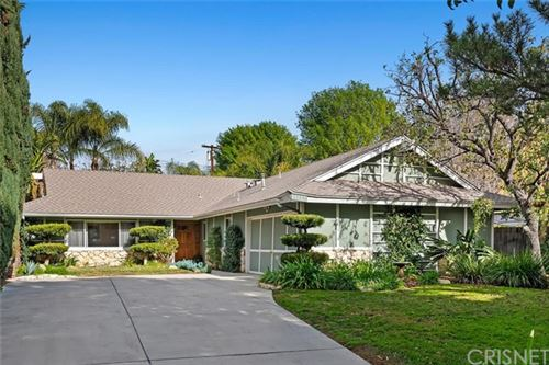 Photo of 19735 Halsted Street, Chatsworth, CA 91311 (MLS # SR21008409)