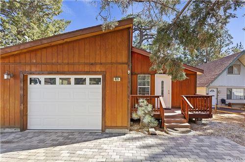 Photo of 621 Los Angeles Avenue, Big Bear, CA 92314 (MLS # SW21220409)