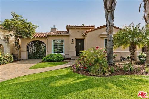 Photo of 9100 Beverlywood Street, Los Angeles, CA 90034 (MLS # 21724410)
