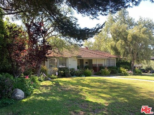 Photo of 13878 W Sunset Boulevard, Pacific Palisades, CA 90272 (MLS # 21768410)