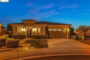 Photo of 1004 Malbec Ct, Brentwood, CA 94513 (MLS # 40869410)