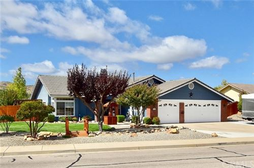 Photo of 1635 Canyon Crest Lane, Paso Robles, CA 93446 (MLS # NS20138410)