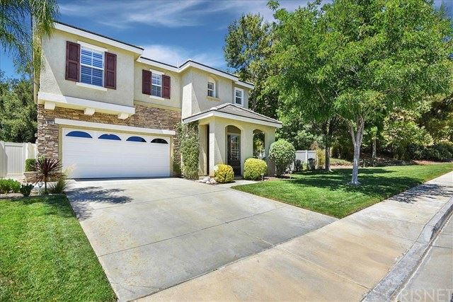 Photo for 28721 Placerview, Saugus, CA 91390 (MLS # SR19196411)
