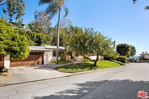 Photo of 354 ARNO Way, Pacific Palisades, CA 90272 (MLS # 20573412)